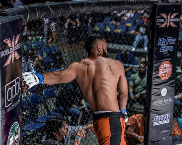 x1 54 Vaughn Liulama vs Blake Perry