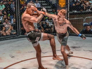 x1 54 - 04 Jeremiah Young vs Richard Barnard