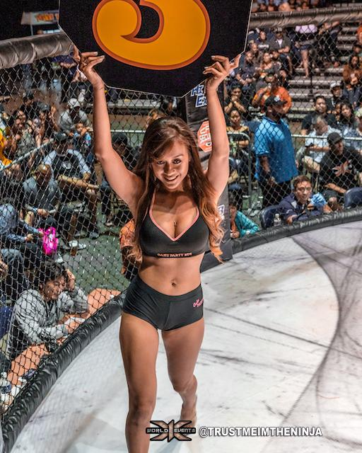 x1 54 - Ring girl Zach Close vs Ryan Mondala