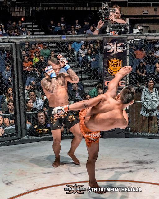 x1 54 - 12 Rodney Mondala vs Ricky Camp